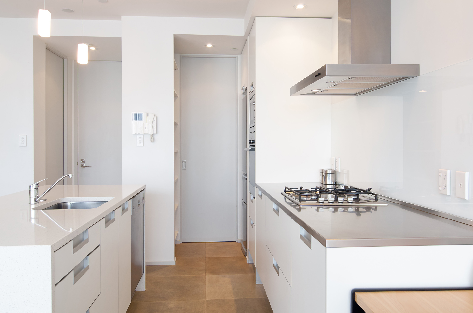 Sumner, Accommodation, luxury white kitchen with island